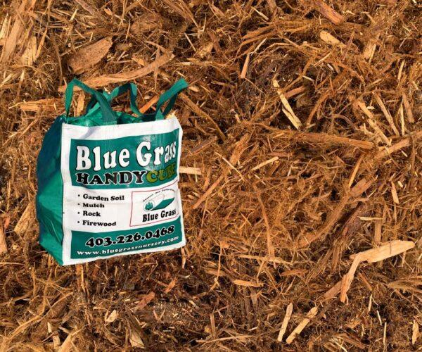 cedar-shredded-mulch-handy-cube
