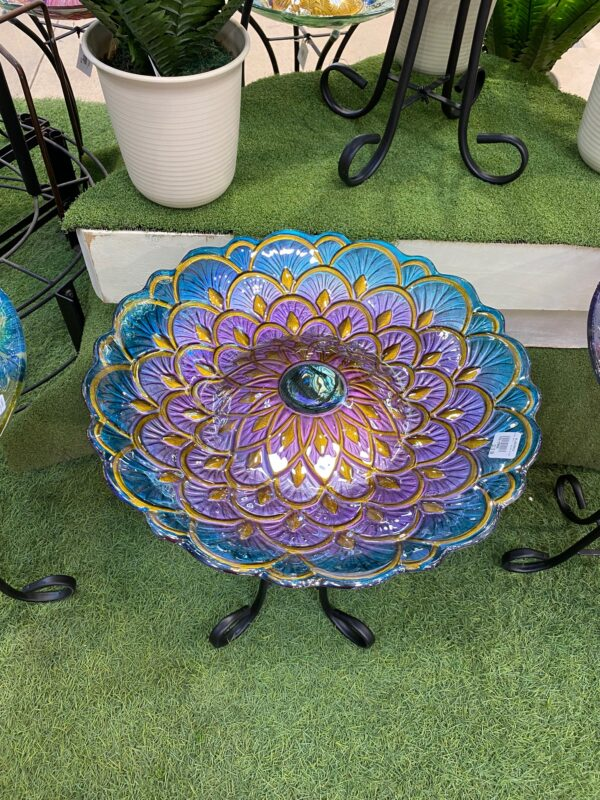 bird-bath-with-solar-and-stand-pattern
